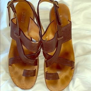 Chloe Leather Sandals 👡 SALE 🍀